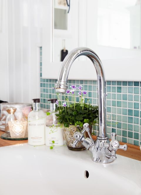 You might think that after washing your hands, or the dishes, your sink's basin would be as clean as can be. Au contraire, you actually leave behind grime and bacteria that sticks to the basin's walls. If you're serious about being clean, Forte says you should use an eraser-type sponge (like Mr. Clean Magic Eraser) to remove marks, then sanitize by plugging the drain, filling the basin with warm water, and swishing a tablespoon of bleach around. Let it sit for five minutes, then rinse and air dry.