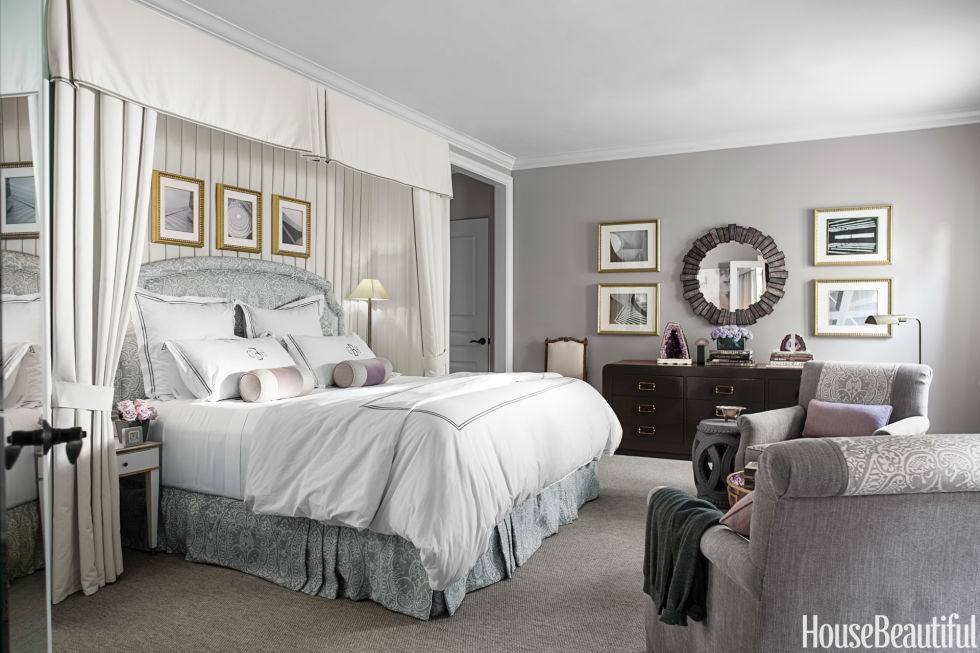 People with silver bedrooms like the luxurious yet soothing metallic tones, but they can have an unexpected side effect. A fifth of respondents with silver décor said they're more motivated to exercise in their bedroom.